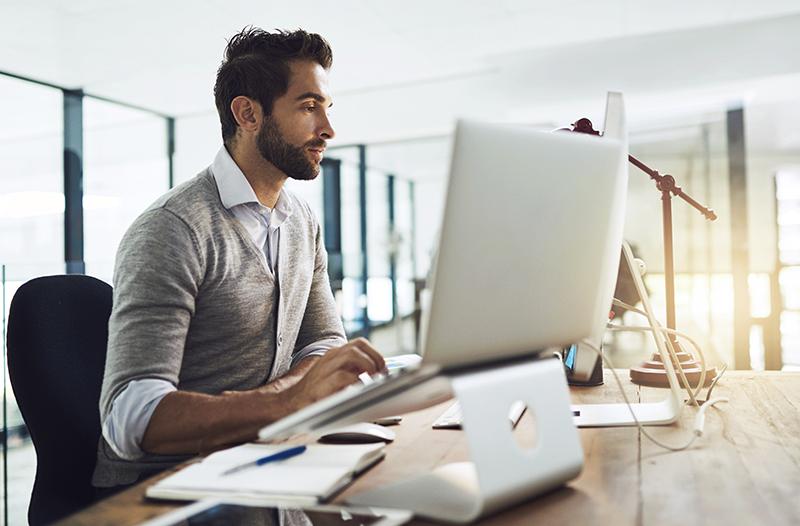 vetting job applicants via social media